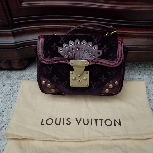 Plum Louis Vuitton Alligator Velours Irvine runway e7f3611b41fc4